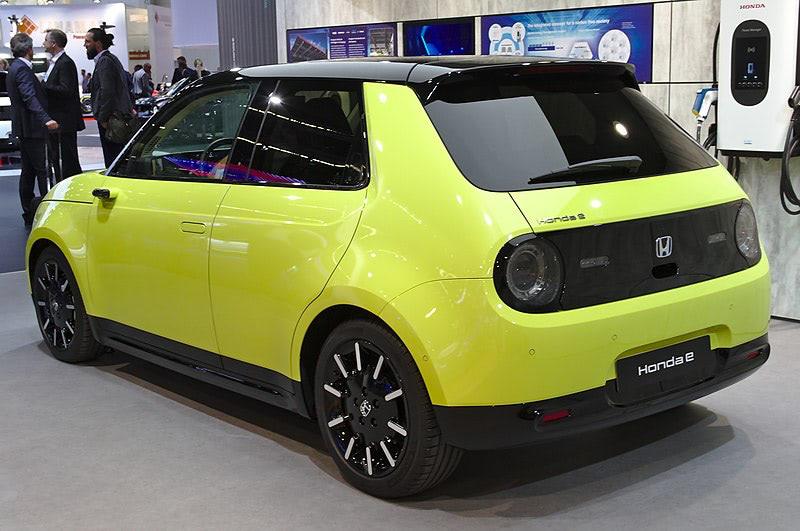 Honda e elektromos hátulja