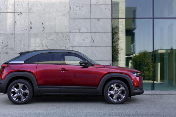 Mazda mx30 töltés, elektromos autó leírás